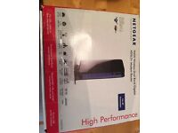 Netgear N600 Wireless Dual Band Gigabit ADSL2+ Modem Router DGND3700