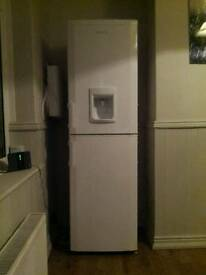 Beko Freestanding Combi Fridge Freezer with Non Plumbed Water Dispenser