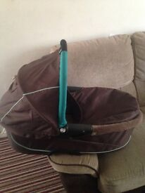 Quinny carrycot NEED GONE ASAP