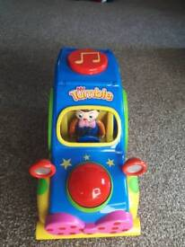 Mr Tumble fun sounds musical car in like new condition