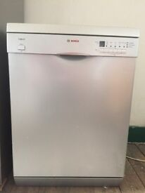 Bosch Exxcel full size, free standing dishwasher in good condition