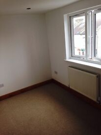 DOUBLE FURNISHED ROOM IN LEYTONSTONE - BILLS INCLUSIVE