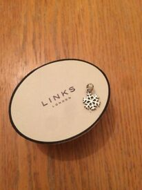 Links of London snowflake charm