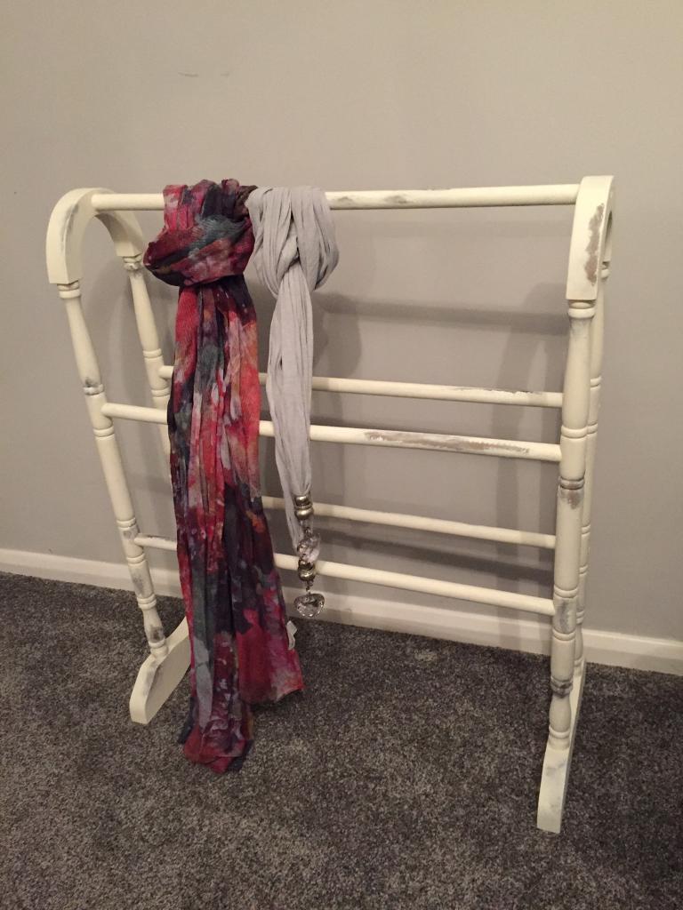 Shabby chic towel rail