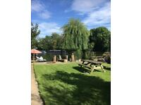 Idyllic riverside-3 bed house to let