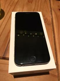 **IPHONE 6 SILVER 128G**CHARGER CASE INCLUDED