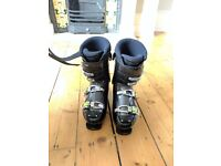 Brand New Wed'ze Ski Boots size 27.5 (UK 9.5)
