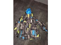 Youth Snowboard Jacket - Quicksilver Size 16 years