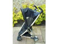 Fab compact Quinny Zapp in Black with shopping basket