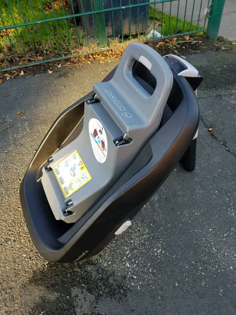 maxicosi isofix base only 9 months old