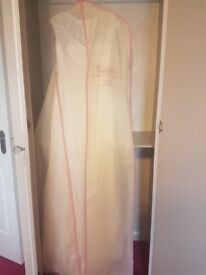 French Collection Roxanne Wedding Dress size 12 NEVER WORN