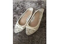 Cream Lace Style Dolly Shoes