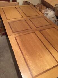 Dinning table oak