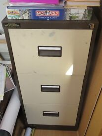 3 drawer metal suspension file filing cabinet. 460 x 1010 x 620