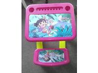 Dora Table