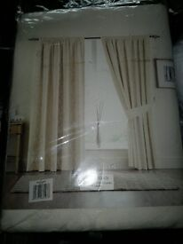 "HEAVY QUALITY FULLY LINED CURTAINS IN CREAM 90"" X 90"""