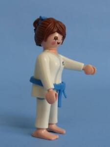 Playmobil Judo Competitor Sports Women - Series 10  Female Figure 6841 NEW