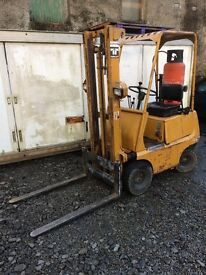 TOYOTA 1 TON GAS FORKLIFT FOR SALE