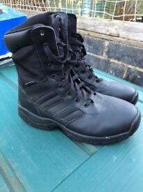 Size 8 Magnum Black Boots