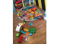 Vtech toot toot Bundle Garage, Train Station, Farm and Racer