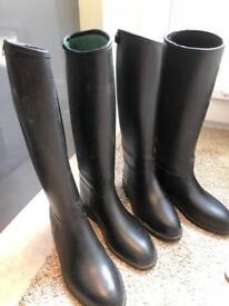 Tall riding boots size 4