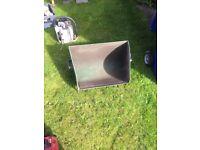 Lloyds paladin grass box