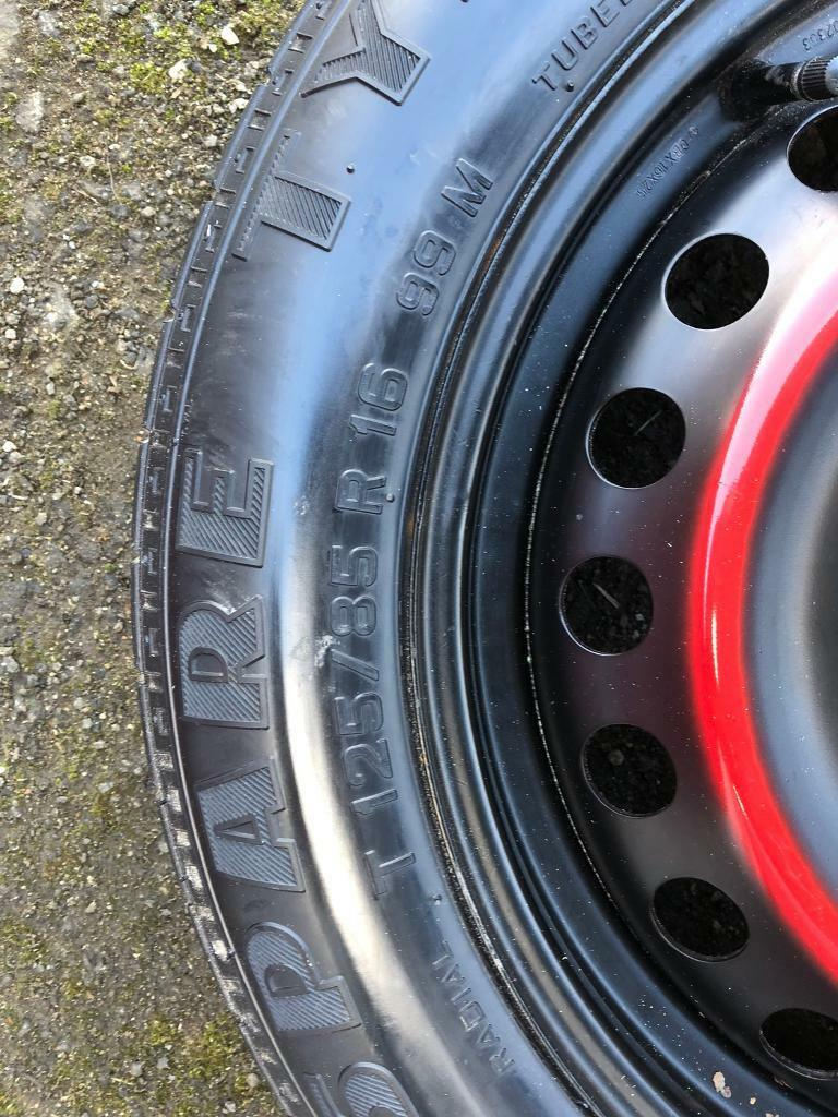 Ford Mondeo mk3 spare and jack