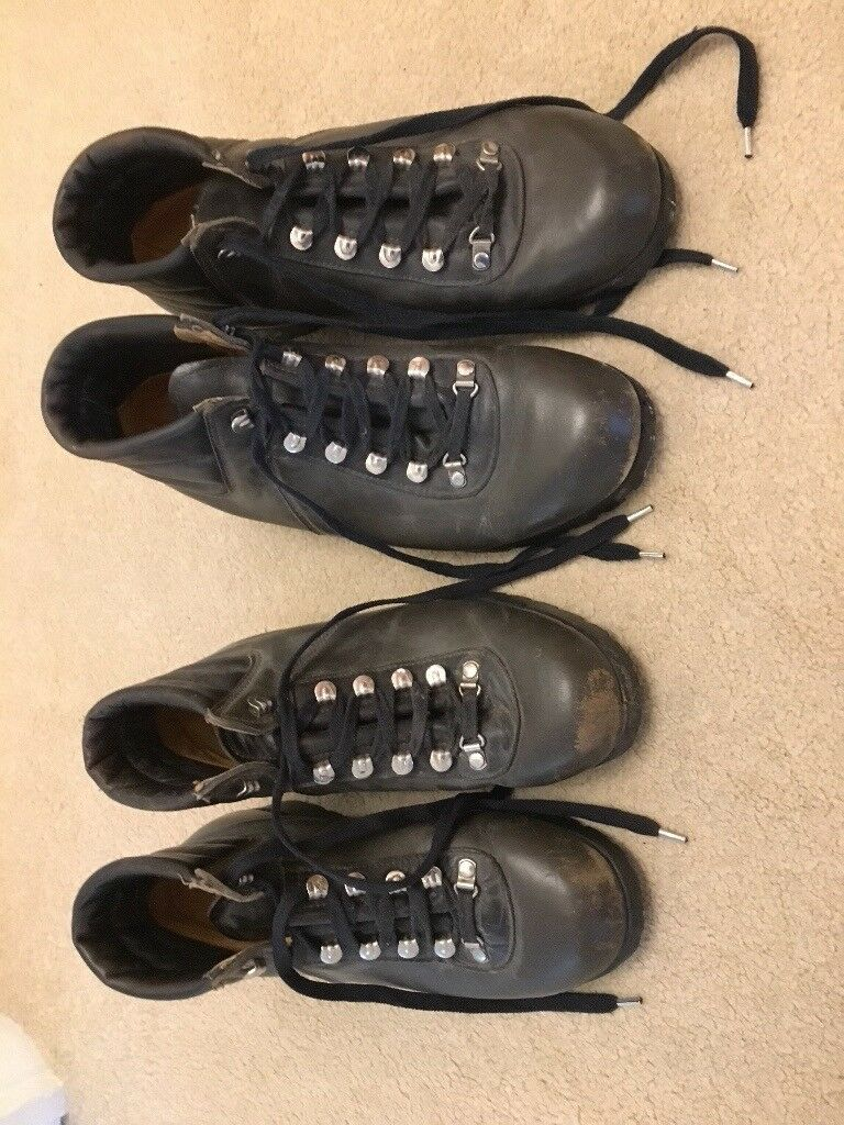 Walking Boots Leather (Two Pairs, Matching)