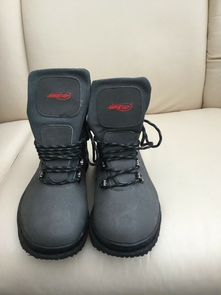 Airflo wading boots size 9 new.Never worn