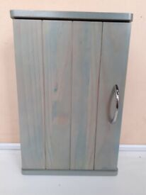 New / Unused BATHROOM CABINET With Door & Shelf In Green Stain Wood