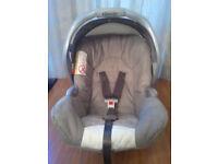 BABY CAR SEAT / SEATS.