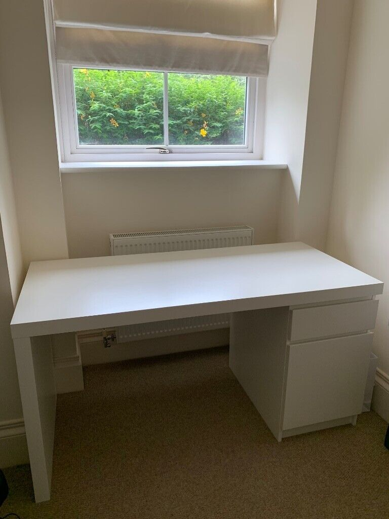 Admirable Only 8 Months Old In Excellent Condition With Special Offer Inside Ikea Malm Desk White 140 65 In Southampton Hampshire Gumtree Download Free Architecture Designs Scobabritishbridgeorg
