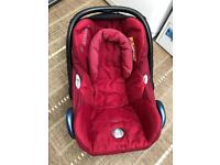 Maxi Cosy Baby Car Seat with Bugaboo Adaptors and Rain Cover