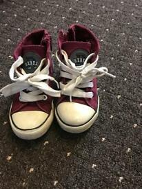 Boys trainers size 8-26