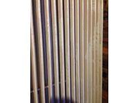 Vertical double panel radiator