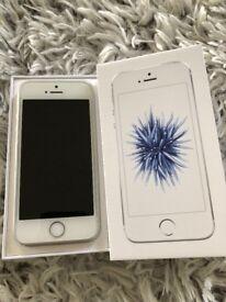 Apple iPhoneSE 64gb unlocked silver/white