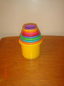 Bruin stacking cups, very clean, excellent condition - SORRY NO OFFERS