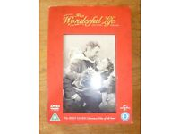 IT'S A WONDERFUL LIFE DVD WITH ARTCARDS