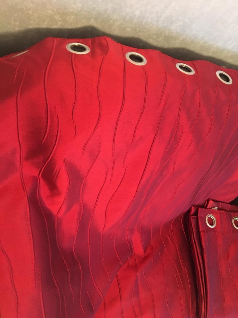 """Red Lined Curtains with Silver Eyelits 90"""" wide / 72"""" Drop"""