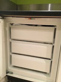 Under cupboard integrated ATAG freezer