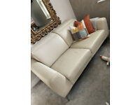 Bo Concept Madison MB 28 sofa with adjustable headrest