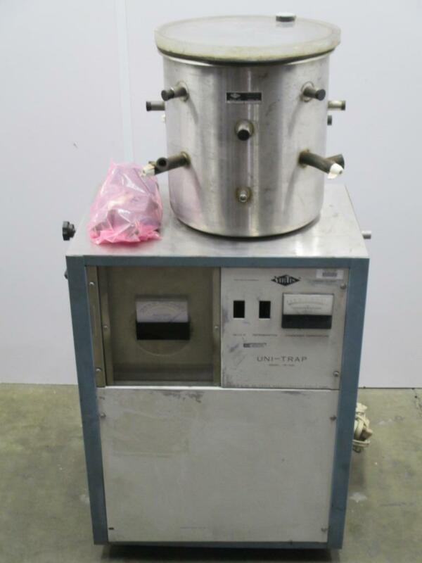 VirTis 10-104 LD And Uni-Trap 10-100 Freeze Dryer System And Accessories