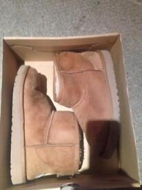 Ugg Boots, UK 2, UK 5.5, In Box