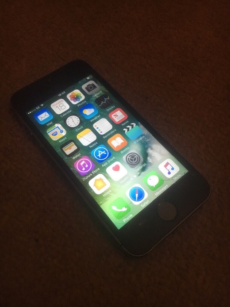 IPhone 5s unlockedin Liverpool, MerseysideGumtree - IPhone 5s unlocked to any network space grey, fully working order screen as been cracked but still works fine also tutch button works as it should few little marks to phone and also as one of the back glass cracked, still works as it should and is...