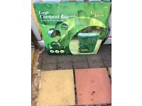 Foldable composter compost bin