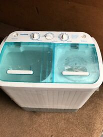 STREETWIZE PLUS DELUXE PORTABLE CAMPING TWIN TUB SPIN WASHING MACHINE.