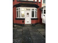 5 Bedroom Flat Available Now in Tipton