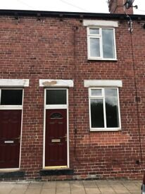 Available NOW 2 Bedroom Property in Glasshoughton Recently Refurbished to a Very High Standard