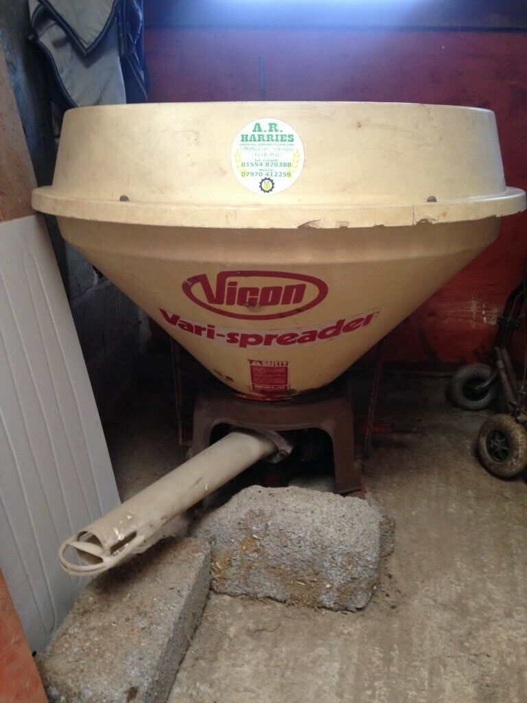 Fertiliser Spreader for compact tractor | in Carmarthen, Carmarthenshire |  Gumtree