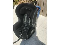 Maxi cosi axis car seat